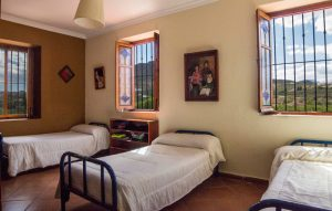 dormitorio-copia-2-300x191
